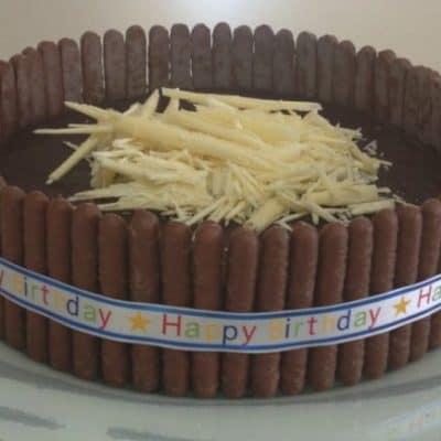 Rich Chocolate Mud Cake – Happy Birthday Mum!