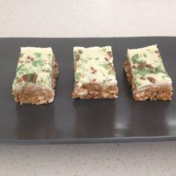 Chocolate Peppermint Crisp Slice (no-bake recipe)