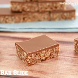Perfect Mars Bar Slice (best ever!!!!)
