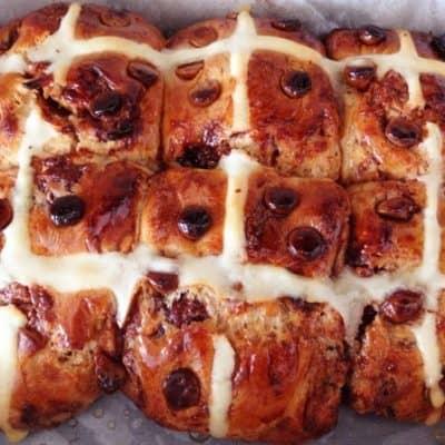Choc Chip Hot Cross Buns (Easter recipe)