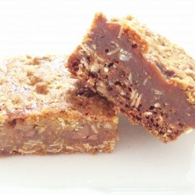 Carmelitas | Chocolate, Caramel & Oat Bars
