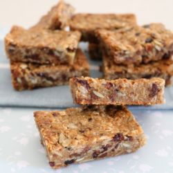 Soft & Chewy Homemade Muesli Bars
