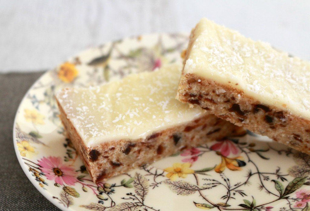 Lemon & Date Slice