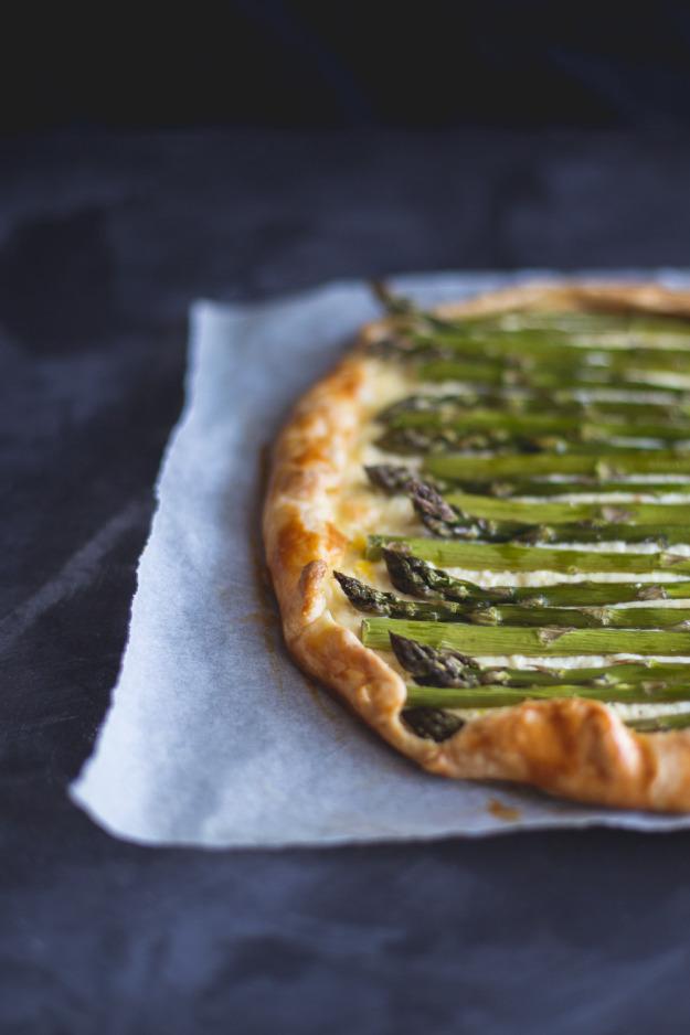 Lemon-Ricotta-Asparagus-Galette-erinmadethis-14-of-11