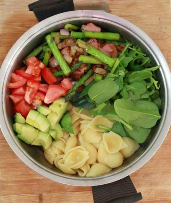 Bacon, Asparagus and Tomato Spring Pasta