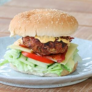 Grilled Beef & Bacon Burgers are perfect for a summer BBQ - they're super easy which leaves more time for relaxing and enjoying the sun!