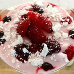Berry Meringue Smash (Healthy Dessert!)