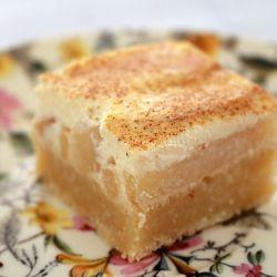 Apple & Sour Cream Slice (classic recipe)