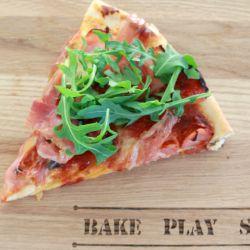 Prosciutto, Bocconcini & Rocket Pizza