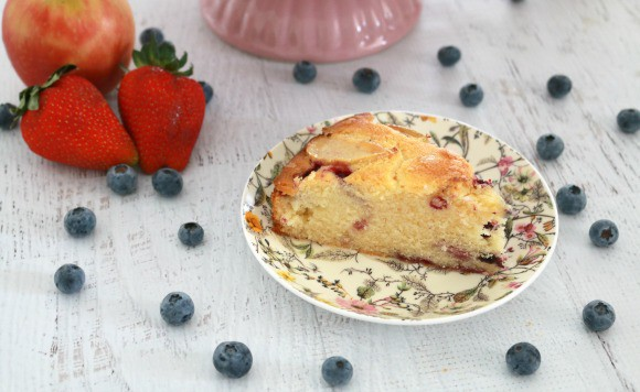 Apple Berry Tea Cake