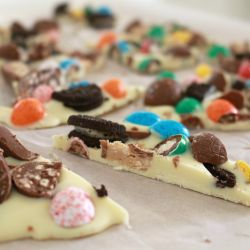 Loaded M&M, Malteser & Oreo Easter Bunny Bark