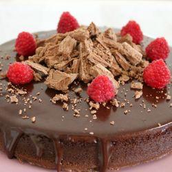 Super Easy 3 Ingredient Flourless Chocolate Cake With Chocolate Ganache