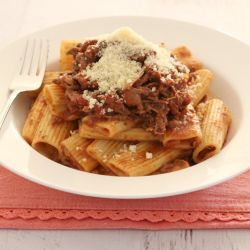 Slow Cooker Italian Beef Ragu Pasta