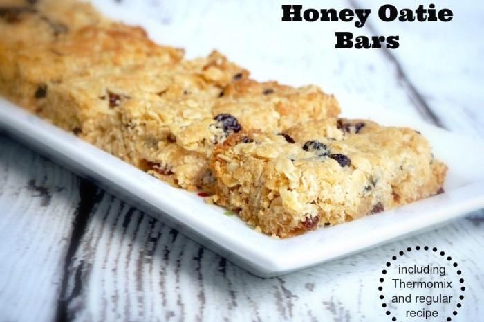Honey-oatie-bars-text-700x525