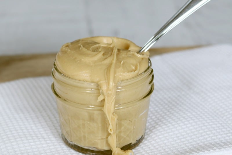 How To Make Salted Caramel Frosting - Bake Play Smile