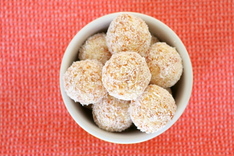 White christmas apricot balls candy