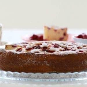 Raspberry & Ricotta Cake