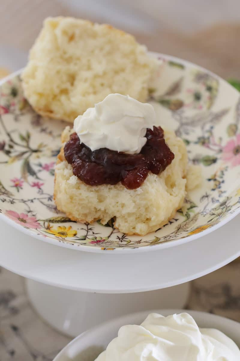 The easiest no-fail Lemonade Scones you'll ever make... ready in just minutes! Top them with jam & cream or lemon curd & fresh raspberries!