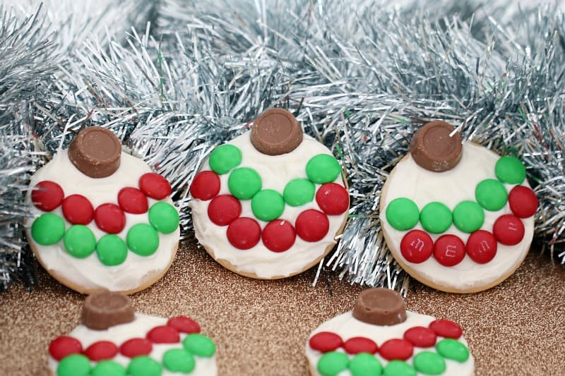 5 Minute Christmas Bauble Cookies