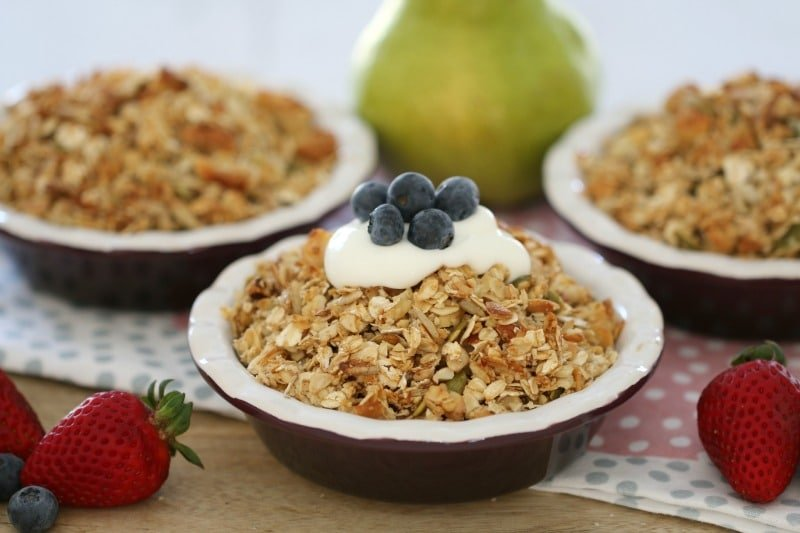Healthy Pear & Berry Nut Crumble