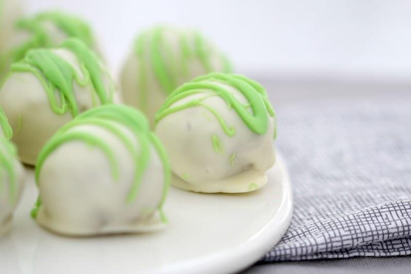 White Chocolate & Peppermint Crisp Tim Tam balls