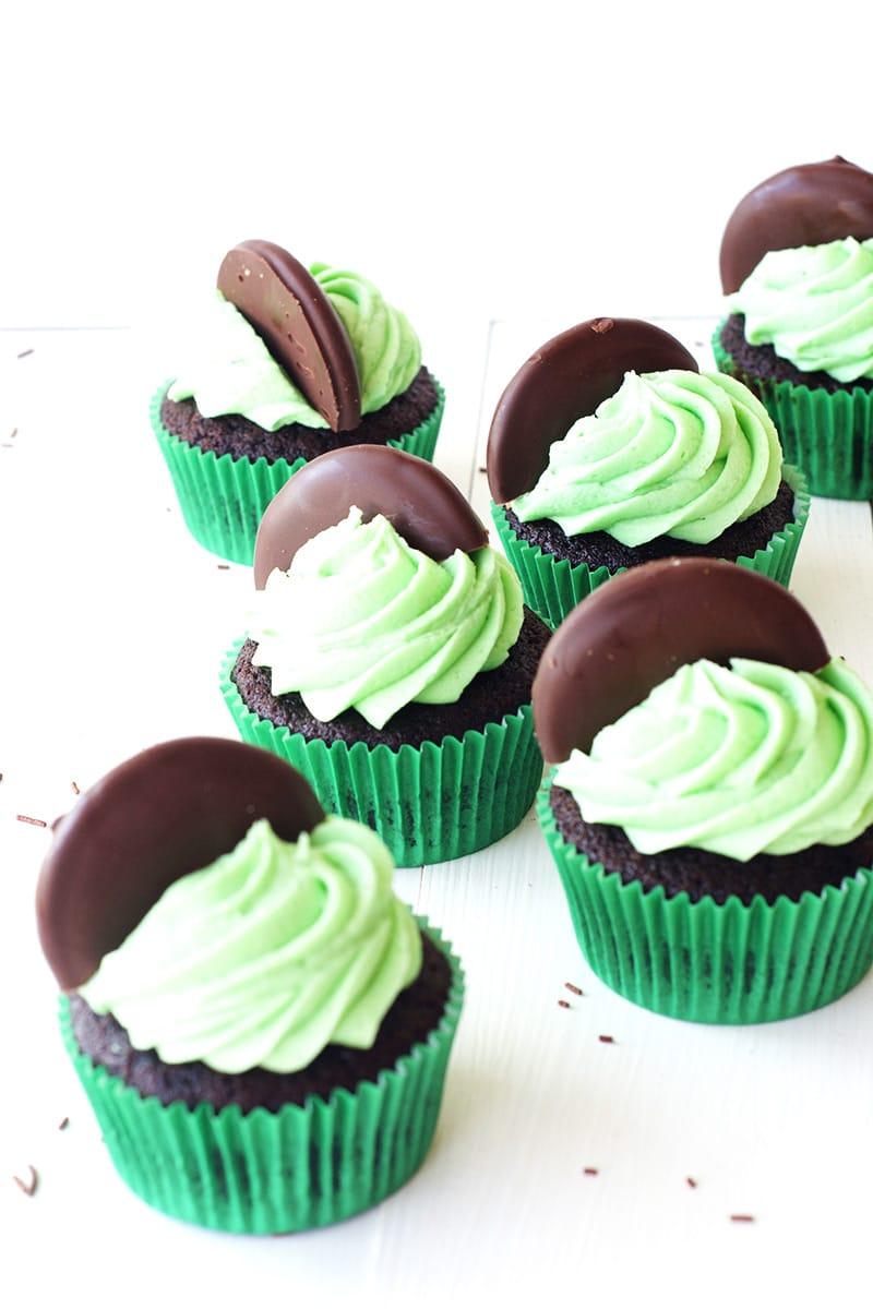 Chocolate Mint Cupcakes - Bake Play Smile