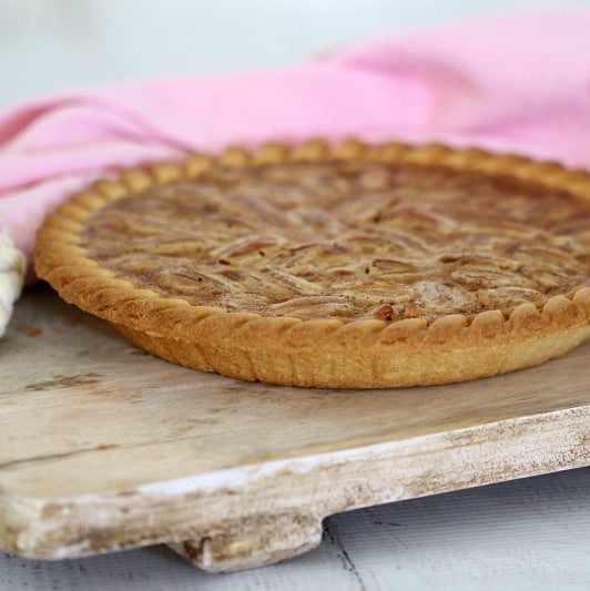 Quick & Easy Pecan Pie - Bake Play Smile
