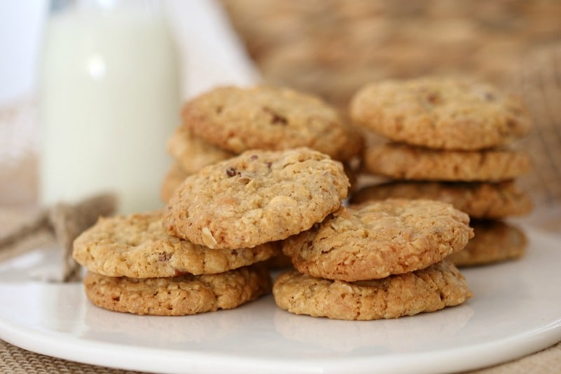 White Chocolate & Pecan Oat Cookies