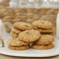 Pecan & White Chocolate Cookies