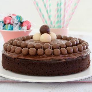 Donna Hay's Melt & Mix Chocolate Cake