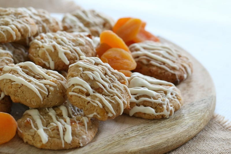 Apricot, Macadamia & White Chocolate Oat Cookies