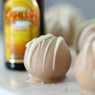 kahlua cheesecake balls