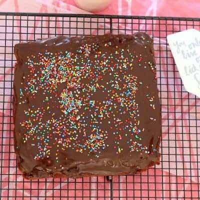 Super Easy Chocolate Cake – a classic favourite
