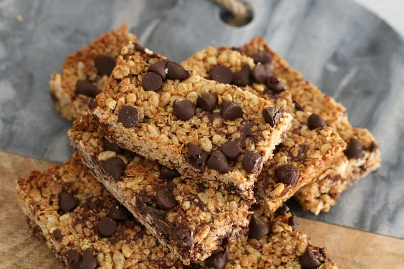 Easy Chocolate Chip Muesli Bars