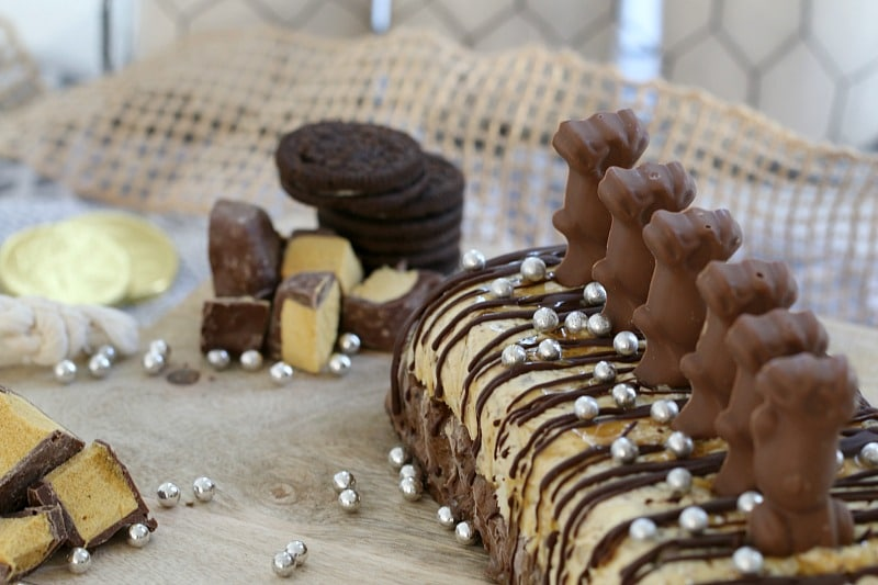 Super Easy Chocolate, Caramel & Honeycomb Ice Cream Cake