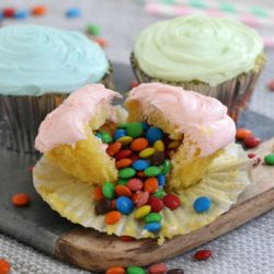 Surprise M&M Cupcakes | Party Food Recipe