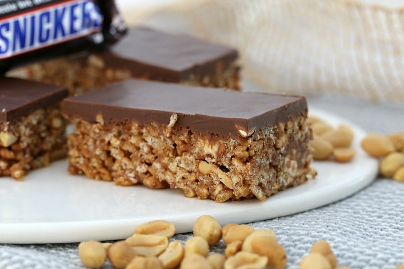 No-Bake Snickers Slice