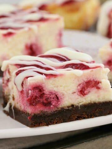 White Chocolate & Raspberry Cheesecake Slice