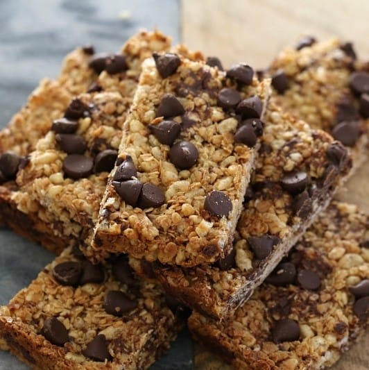 Easy Chocolate Chip Muesli Bars