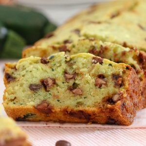A healthier Chocolate Chip Zucchini Bread recipe made with greek yoghurt, honey and coconut oil. Freezer-friendly and perfect for school lunch boxes!