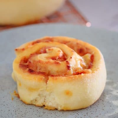 Pizza Scrolls | Ham, Pineapple and Cheese