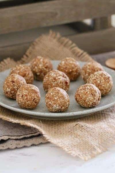 Healthy Salted Caramel Balls | 4 Ingredient