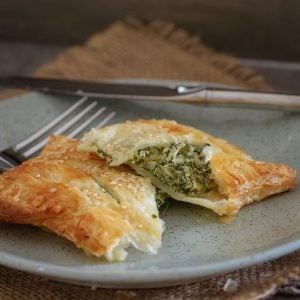 These crispy Feta, Spinach & Ricotta Rolls made with puff pastry are the perfect lunch or light dinner! Make a batch and freeze any leftovers.