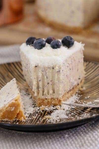 White Chocolate & Blueberry Cheesecake (No-Bake)