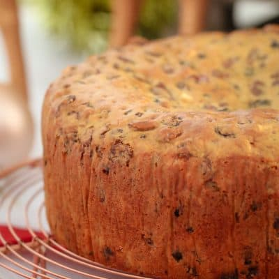 The Famous 3 Ingredient Christmas Cake