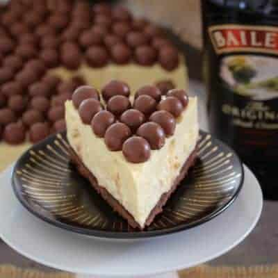 Baileys Malteser Cheesecake | No-Bake