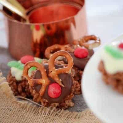 Mars Bar Chocolate Christmas Crackles | Reindeers & Puddings