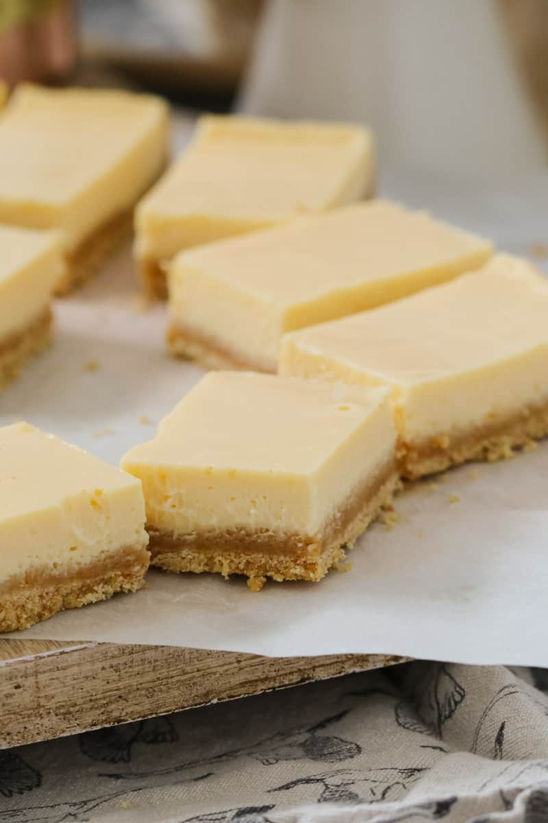 5 ingredient lemon bar slice with two layers ready to be eaten.