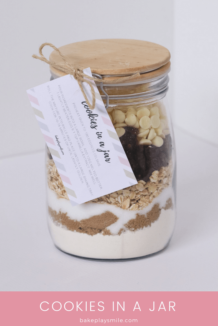 Our 'Cookies in a Jar' make a unique homemade gift for Christmas, birthdays or any special occasion. Includes a free printable recipe gift tag label.