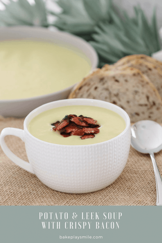 A creamy Potato & Leek Soup with crispy bacon that will be on the table in 30 minutes... the perfect winter soup recipe (bothconventional and Thermomix recipe instructions are included below).